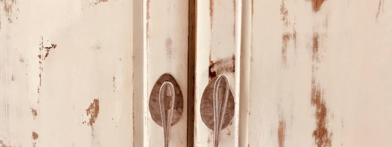 nachhaltige unterkunft cloud 7even ferienwohung ferienapartment ferienloft dreilaendereck suedbaden baden markgraefler land urlaub auf dem land in der natur lehmputz kalkfarben oekostrom vintage moebel aus alt mach neu silberloeffel