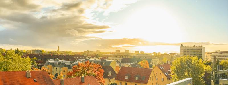 creativhotel luise bayern franken erlangen urlaub in deutschland erstes klimapositives hotel staedtereise geschaeftsreise begruente dachterrasse