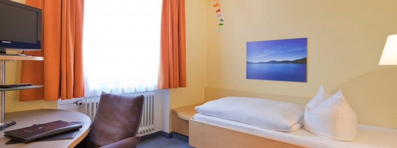 creativhotel luise bayern franken erlangen urlaub in deutschland erstes klimapositives hotel staedtereise geschaeftsreise einzelzimmer unrenoviert oekopass nachhaltig und umwelfreundlich