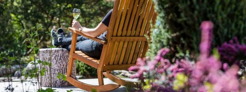 creativhotel luise bayern franken erlangen urlaub in deutschland erstes klimapositives hotel staedtereise geschaeftsreise biotop gruenflaeche chillen im garten