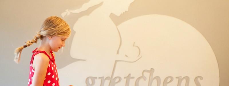 nachhaltige unterkunft familienhotel weimar urlaub in deuschland in der stadt oekologisches holzhaus stadturlaub staedtereise mit kindern mit grosseltern apartments umweltbewusstes reisen gretchen restaurant cafe logo