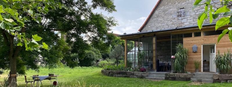 steigerwald franken into the green eco resort glamping zelte yoga retreat urlaub in der natur biologischer gemueseanbau tiere nachhaltiger tourismus garten und glashaus
