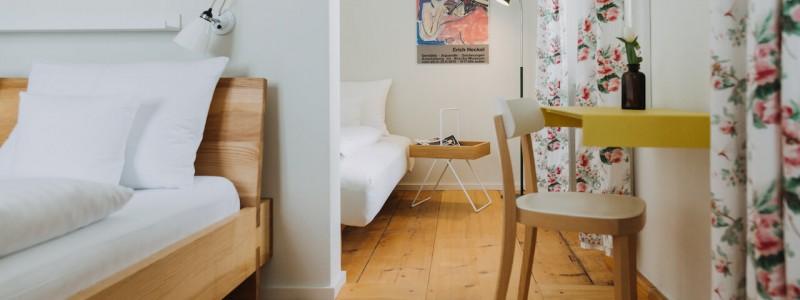 villa breitenberg bayerischer wald nachhaltige unterkunft boutiquie hotel ferienwohnung natur berge ruhe biologische kueche kultur seminare yoga retreats hochzeiten doppelzimmer comfort